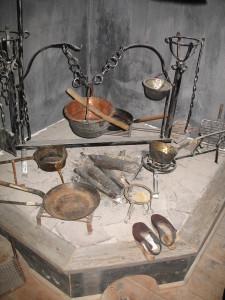 ri, forsèire, cadrìns (Museo etnografico di Padola)
